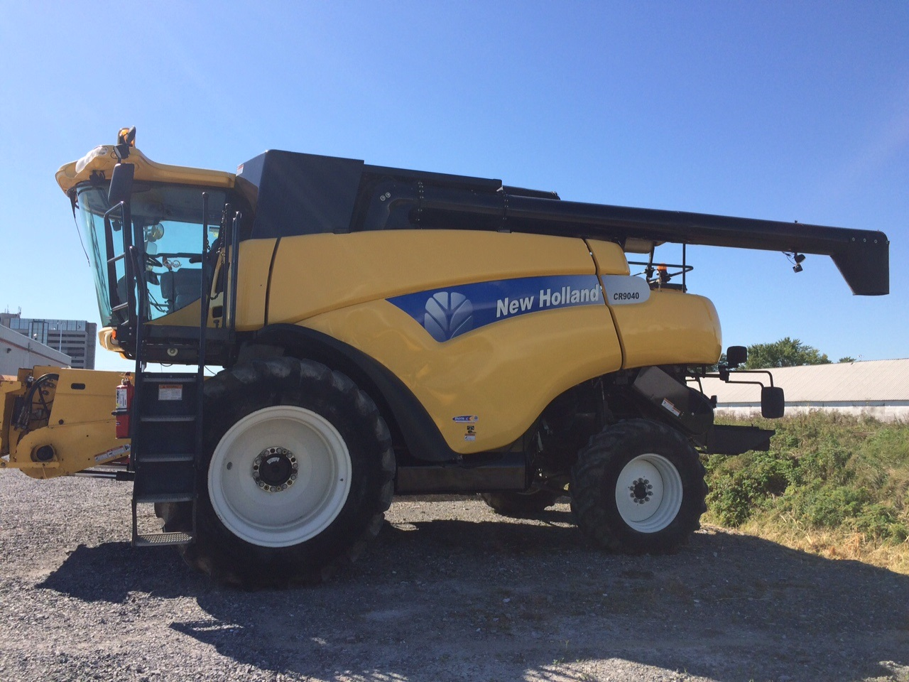Moissonneuse-batteuse New Holland CR940