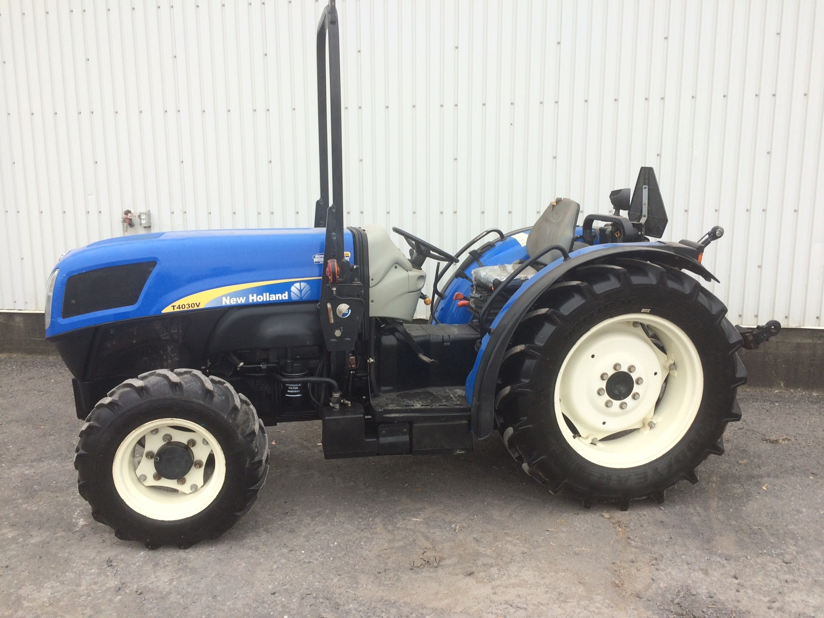 Tracteur New Holland T4030V