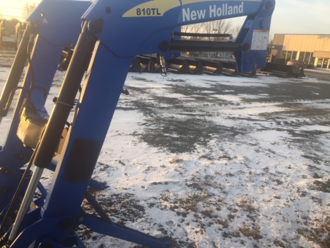 Chargeur New Holland 810TL