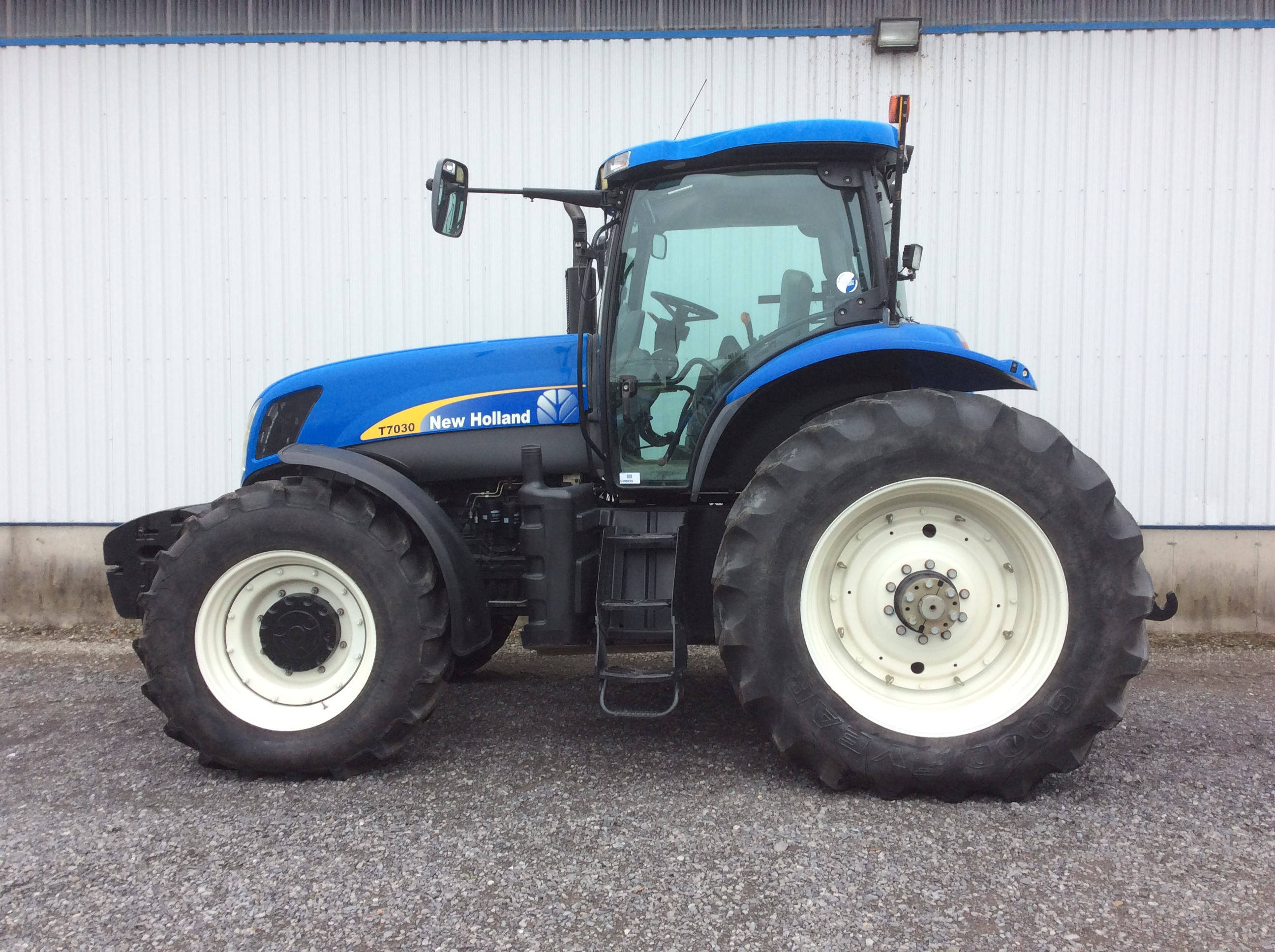 Tracteur New Holland T7030