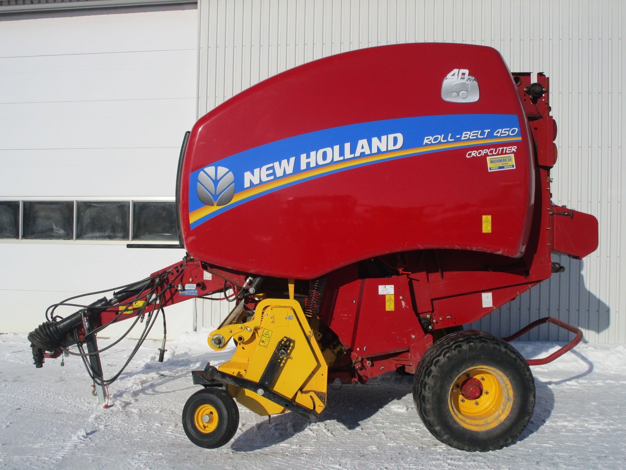 Presse à balles rondes New Holland RB450