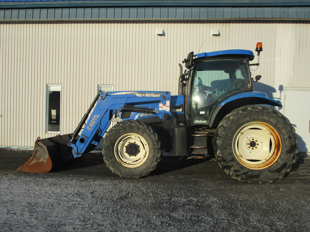 Tracteur New Holland TS115A