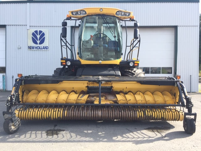 Fourragère New Holland FR500